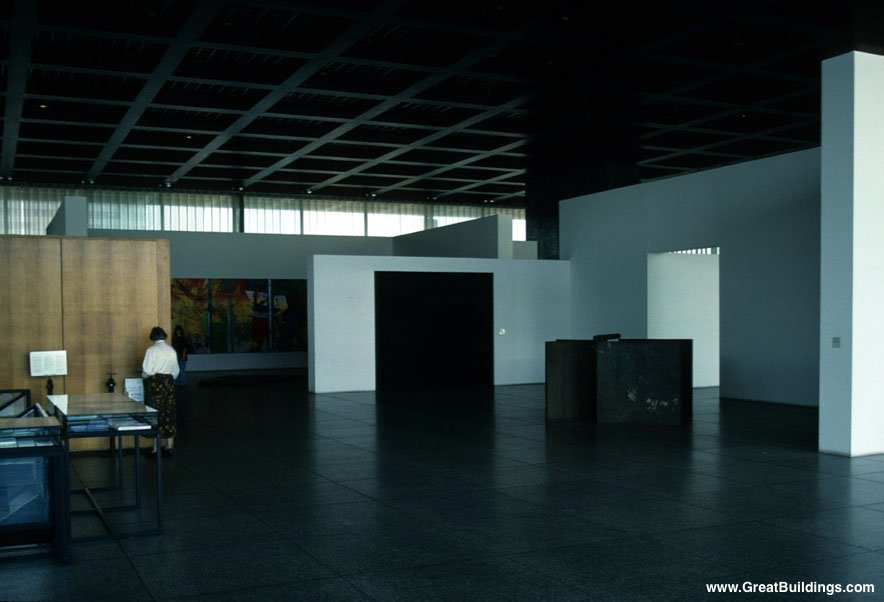 Neue Nationalgalerie - Rohe - Interior